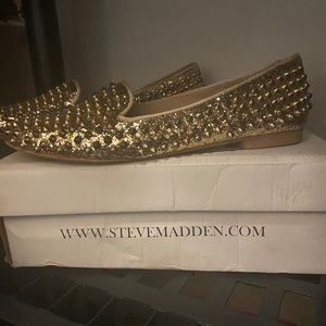 Authentic Steve Madden Gold Spiked loafers